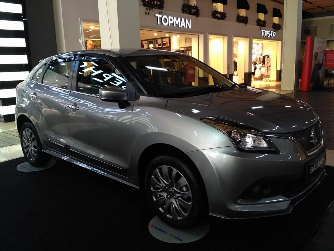 baeno hatchback premium silver PVJ